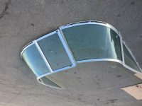 Windshield for a 1998 18.5\' Sea Ray